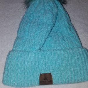 NIP womens page one winter hat/beanie